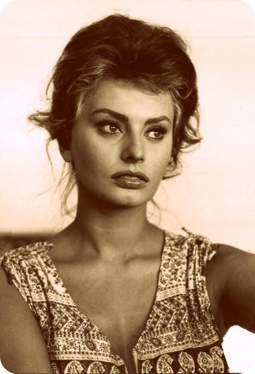 Sophia_Loren_121